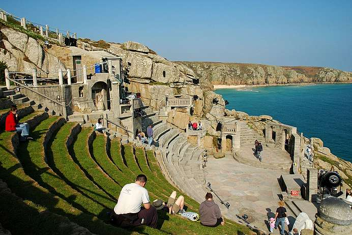 Open-air Theater: Minack Theatre