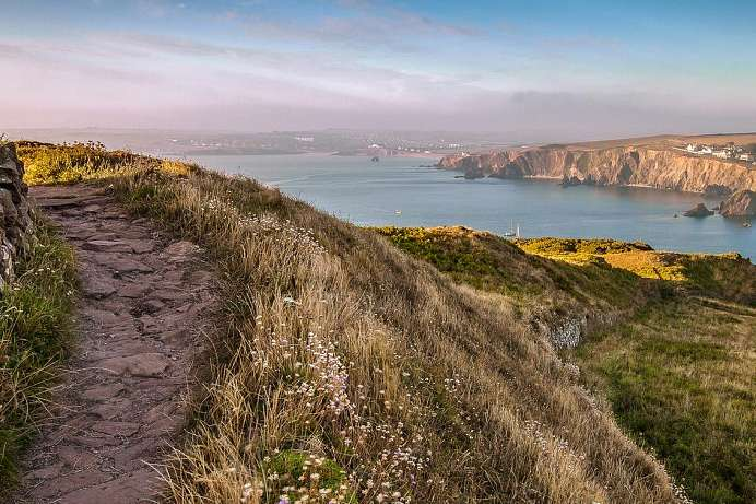 1000 km long distance hiking trail: Coast Path