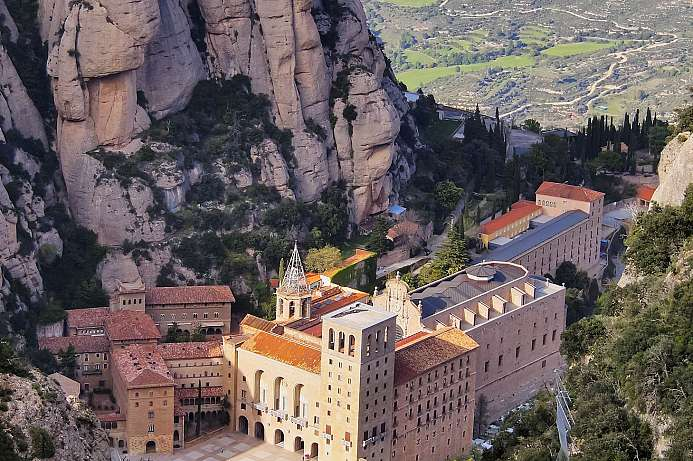 Extraordinary location: Montserrat Abbey