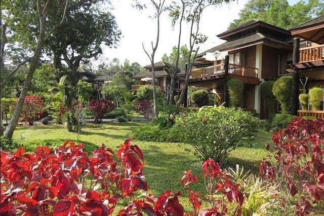 Im Park am See: Inle Lake View Resort