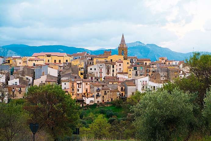 Sicilian idyll: View over Castelbuono
