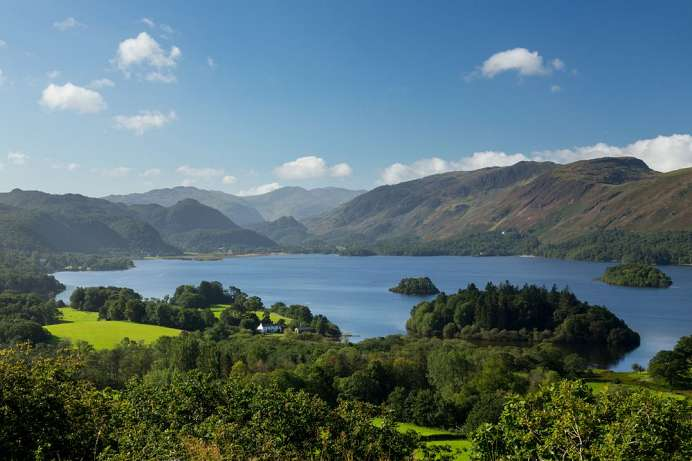 Most beautiful lake of the Lake District: Derwentwater