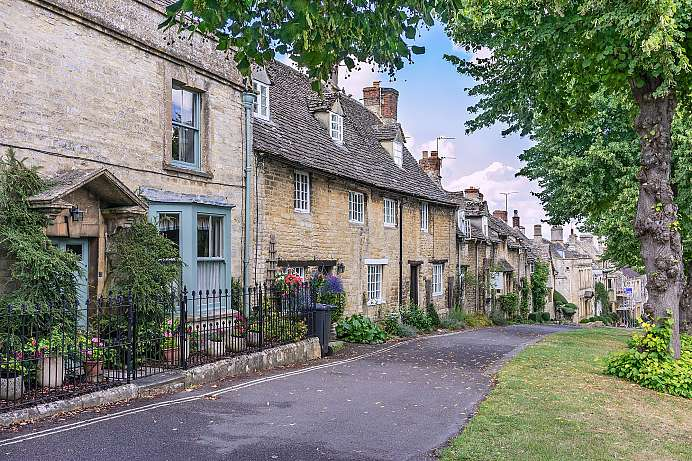 Quaint shops and pubs: Burford