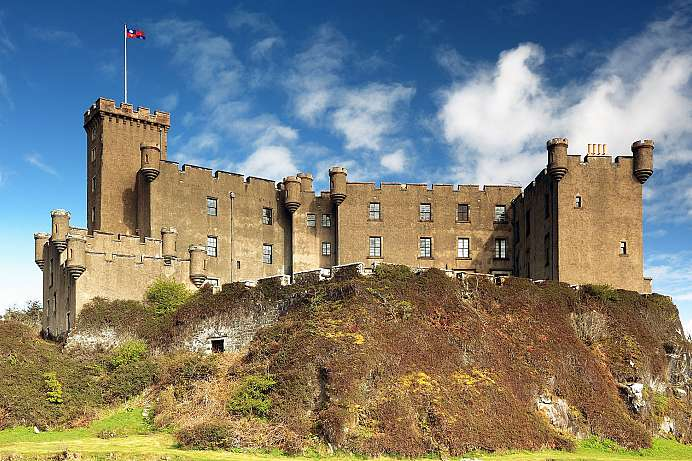 Seat of the MacLeods: Dunvegan Castle