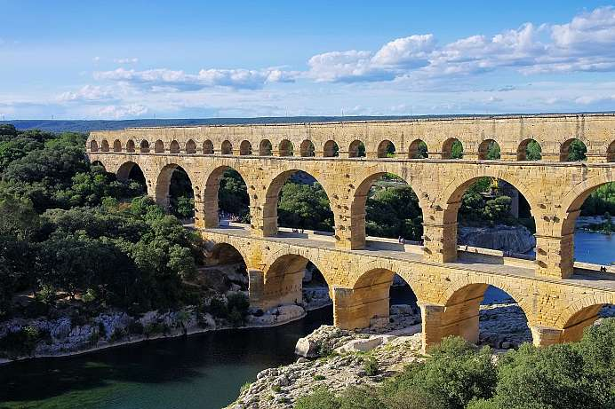 Water for the Roman city of Nimes: Pont du Gard