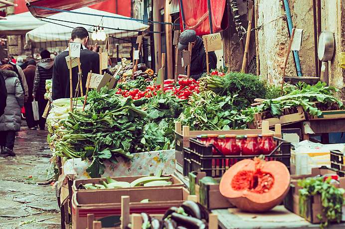 Stimulation of the senses: markets of Albergheria