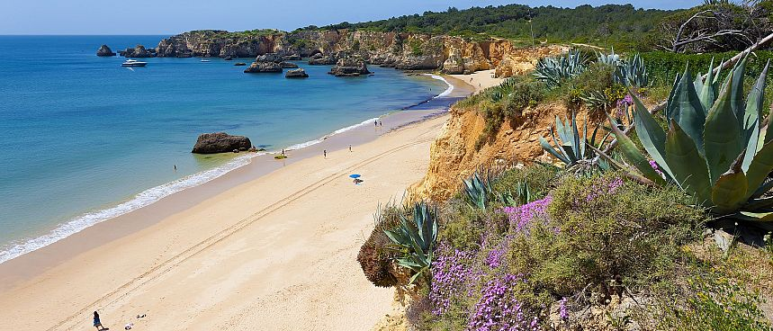 Dream destination of sun-starved tourists: The Algarve