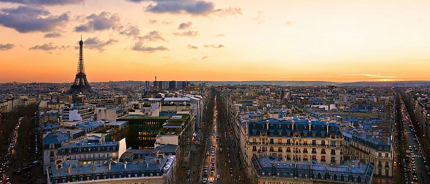 Dusk over Paris
