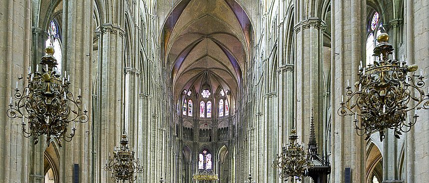 Shiny example Gothic architecture: Cathedral of Bourges