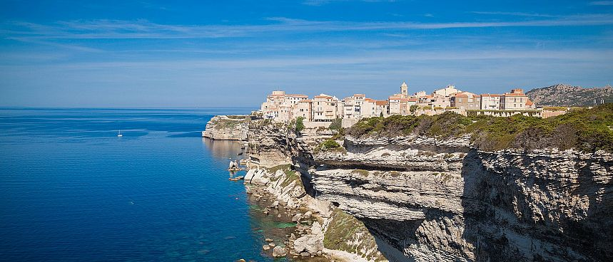 On a chalk cliff: Old Town of Bonifacio