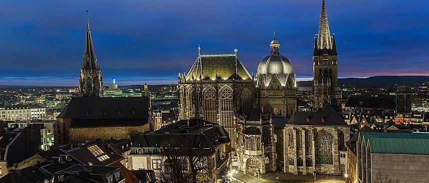 Aachen: Imperial cathedral and city hall