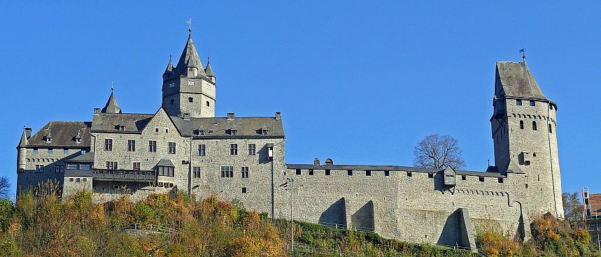 Experience the Middle Ages: Altena castle
