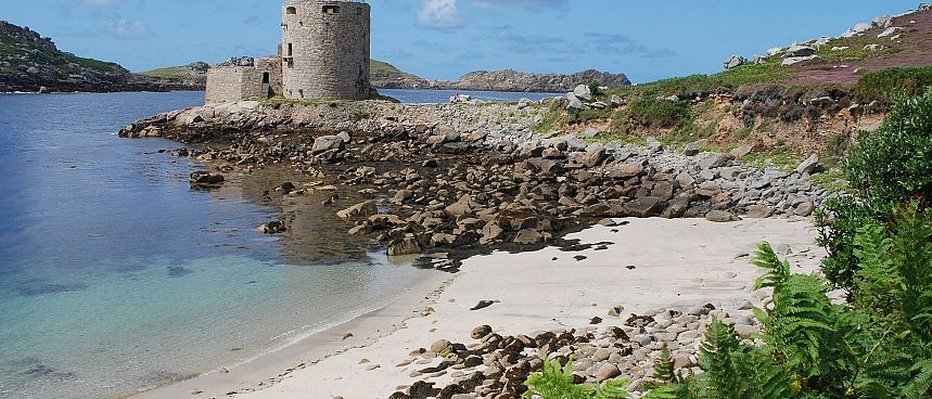 Sandy beaches, mild climate, long history: Isles of Scilly